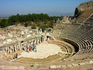 Tempat wisata yang wajib dikunjungi saat berada di Turki- ephesus